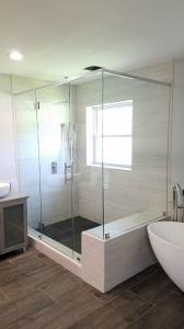 new-showerdoor-enclosure-19