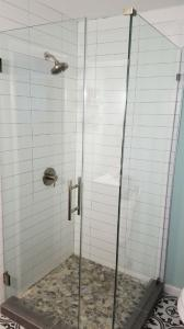new-showerdoor-enclosure-40