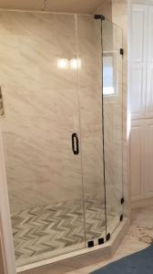 new-showerdoor-enclosure-7